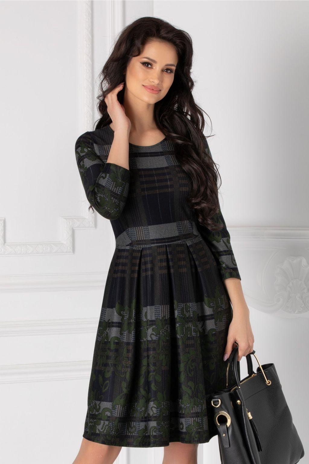 într-adevăr confortabil stiluri clasice online aici Ce rochii de soacră mică și mare sunt în tendințe în acest sezon?