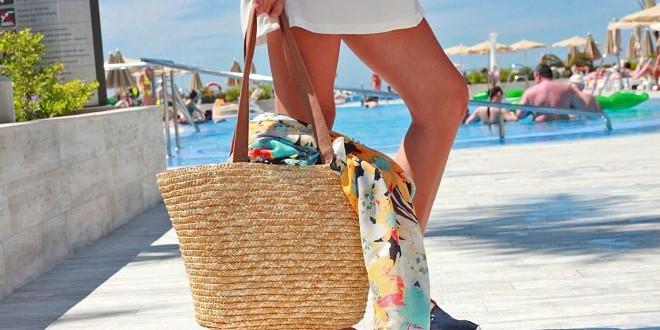 Accesorii pentru plaja – spune da distractiei si a relaxarii depline, cu bagajul potrivit
