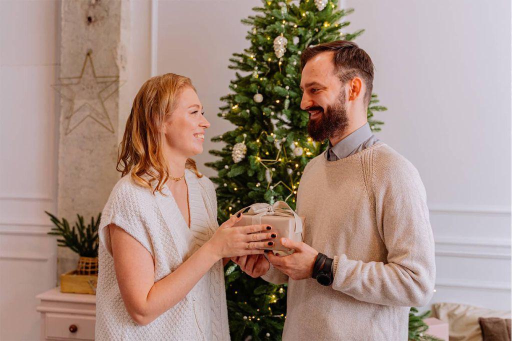 Idei Cadouri de Crăciun pentru Soț / Iubit - CadoLand.ro
