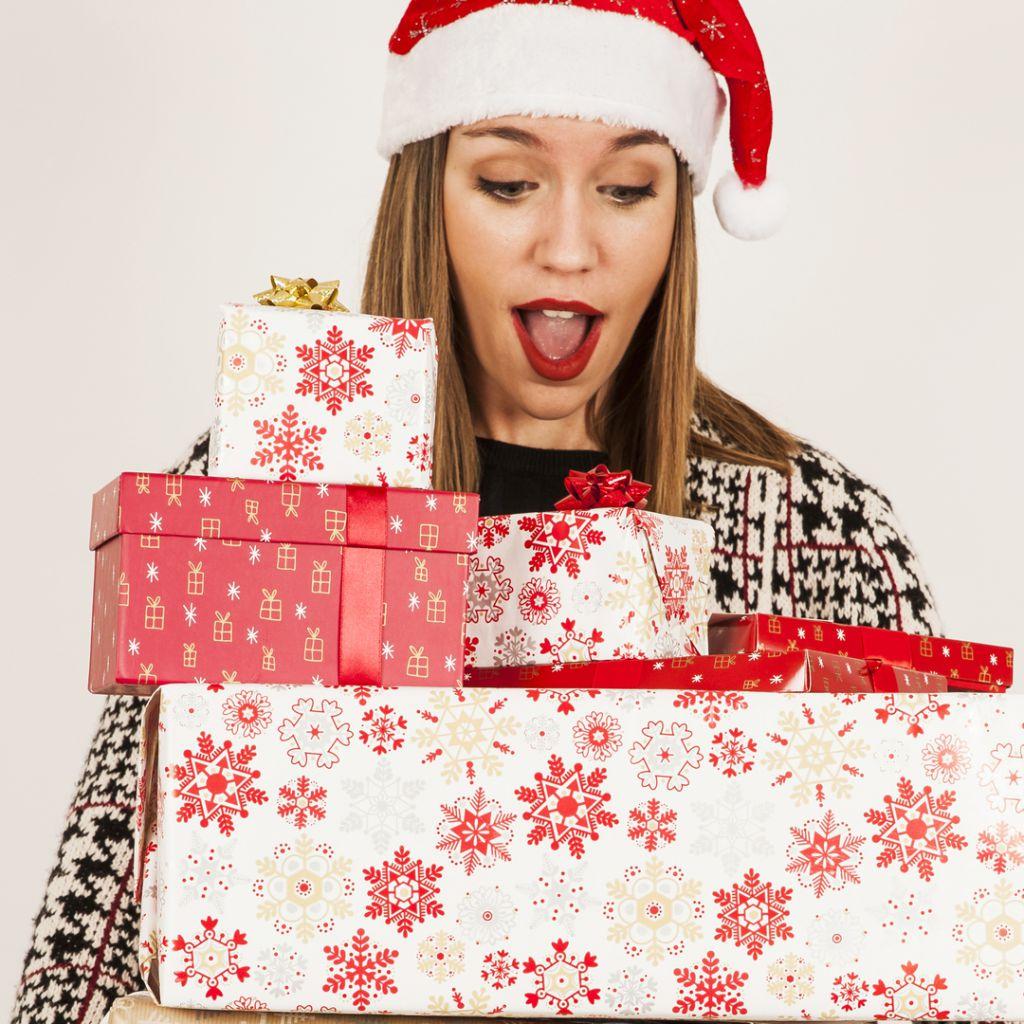 Idei Cadouri de Crăciun Pentru Soție / Iubită