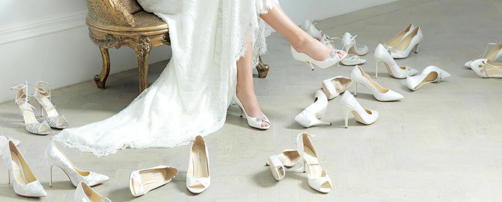 Pantofi Crem Sau Sandale Albe Pentru Nuntă, Botez, Majorat Sau Cocktail Party.