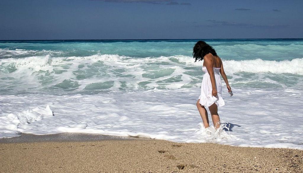 Costume de baie cu efect modelator, intregi - Pregateste-te de plaja