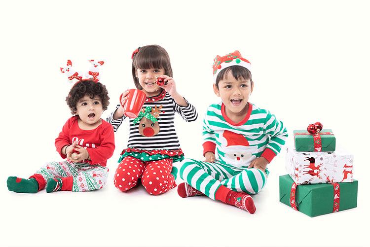 Body-uri / Rochițe / Tricouri Bebeluși cu Motive de Crăciun