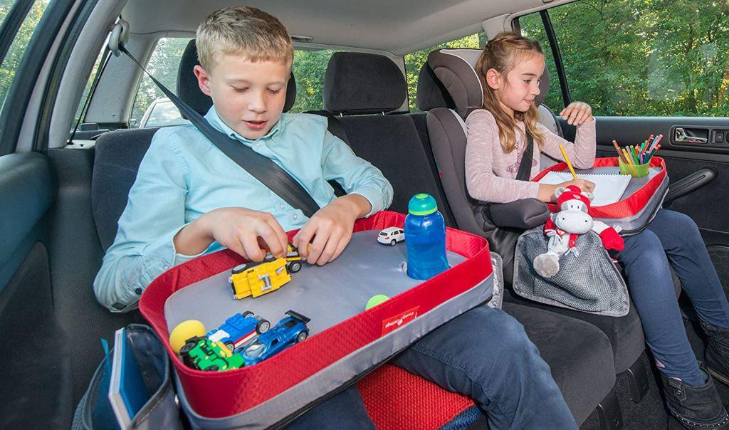 Masute cu activitati pentru copii, in timpul calatoriilor cu caruciorul, masina, avionul