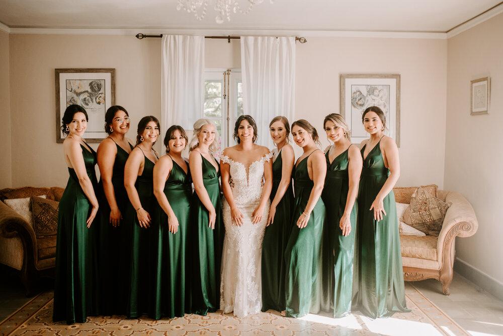 Seturi rochii la fel pentru domnisoarele de onoare - rosii, roz, mov, verzi, albastre