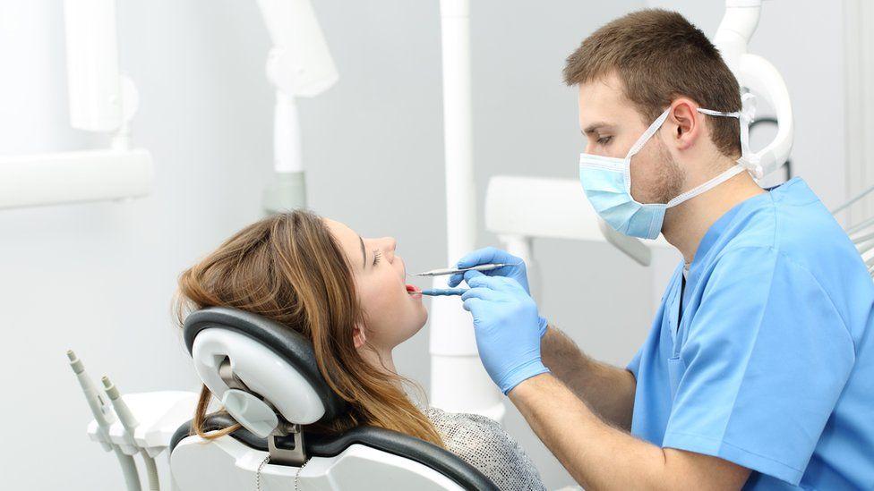 Cadouri deosebite pentru Doctorii Dentisti - de lux sau simbolice