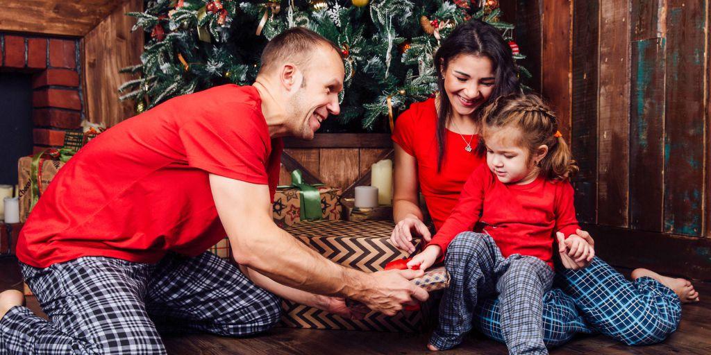 Pijamale de Familie cu Motive de Crăciun - Modele Noi