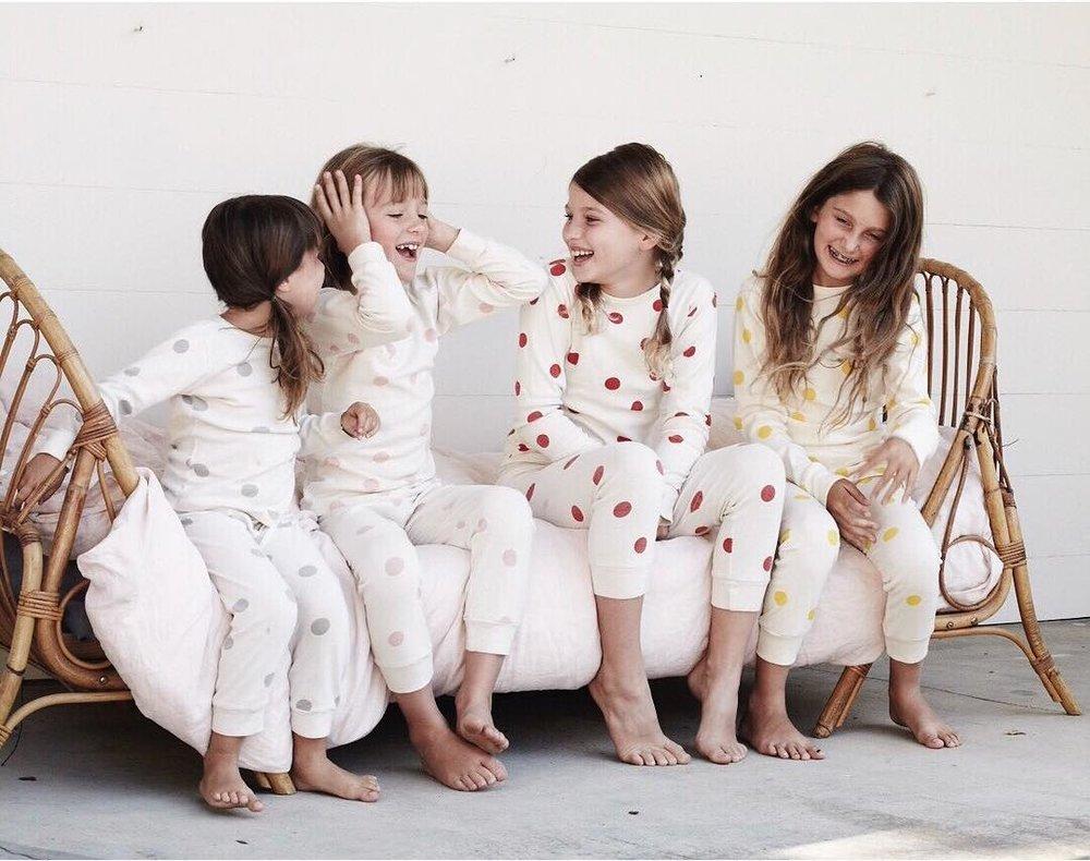 Pijamale calduroase si pufoase cocolino pentru copii. Somn pufos!