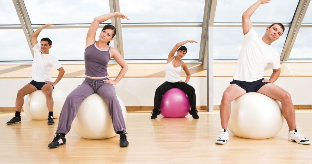 Cea mai buna minge de gimnastica pentru acasa? Sfaturi si recomandari