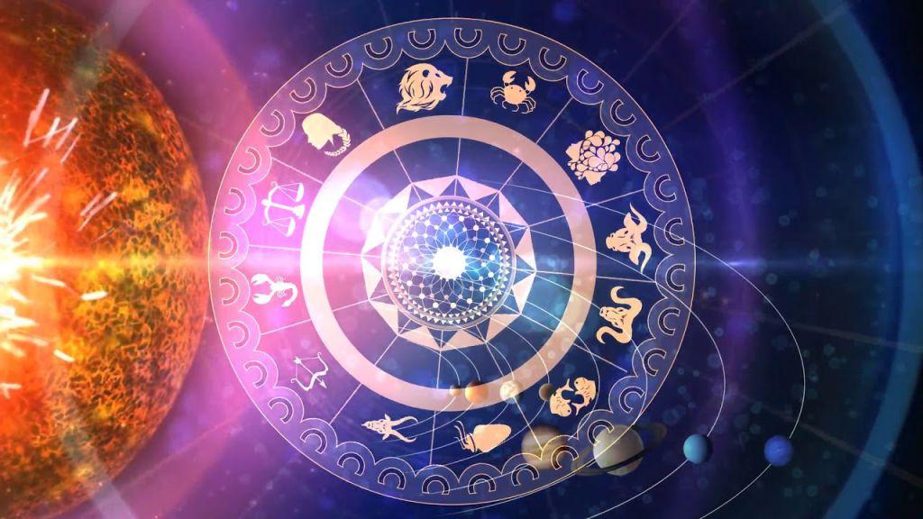 Cadouri pentru pasionatii de astrologie