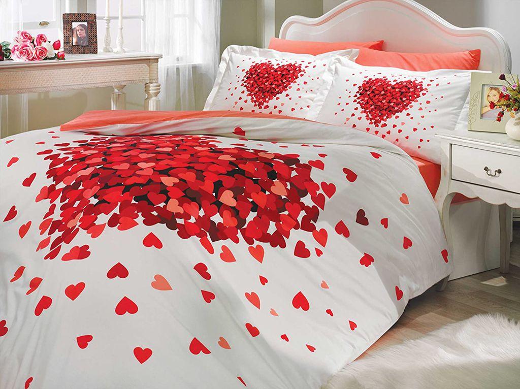 Lenjerii de pat pentru Indragostiti, rosii cu inimioare, mesaje dulci